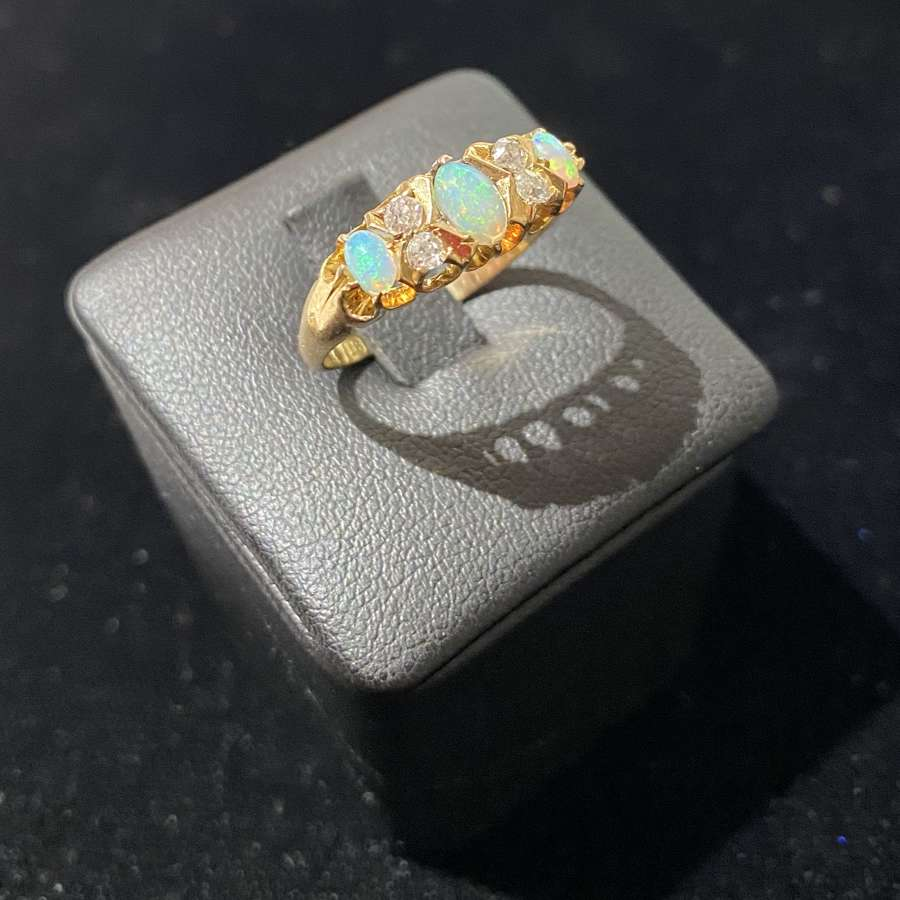 A Late Victorian Diamond & Opal Ring
