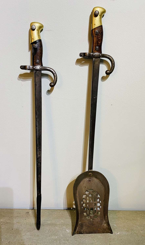 Victorian Bayonet Companion Set