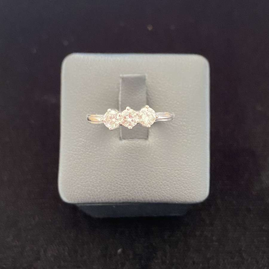 Diamond 3 Stone Ring