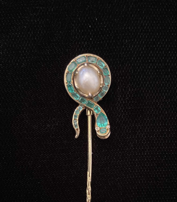 Emerald Snake Pin
